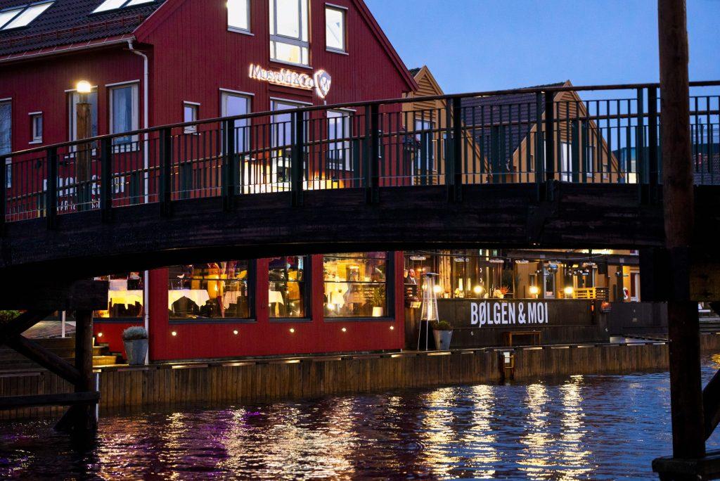 Velkommen til et stemningsfullt julebord hos Sørlandets beste restaurant!