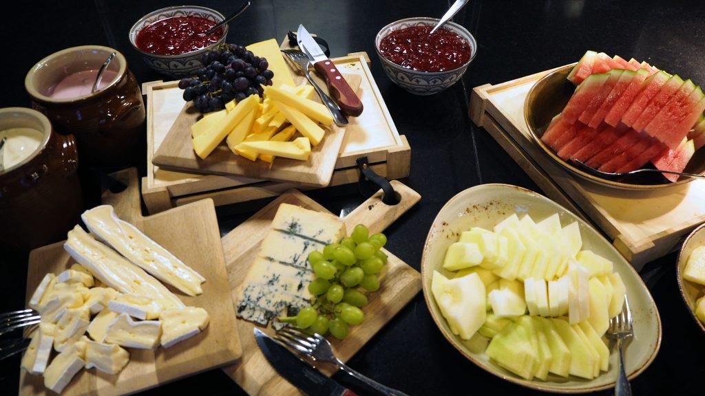 Frokostbuffet på Bølgen & Moi Gimle